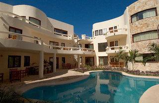 Photo of Blue Parrot Suites Playa del Carmen