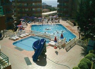 Club La Route Family Suites Hotel