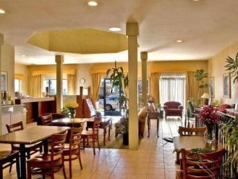 ‪BEST WESTERN Royal Palace Inn & Suites‬