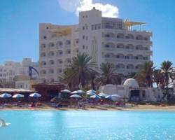 Dreams Beach Hotel