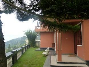 Srilak View Holiday Inn