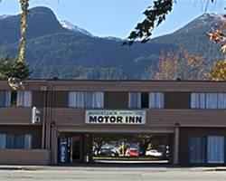 August Jack Motor Inn