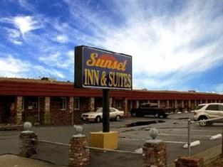 Sunset Inn & Suites