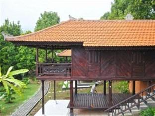 Melanting Cottages & Restaurant