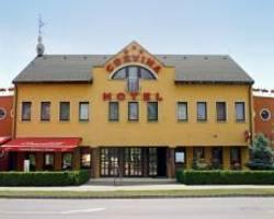Corvina Hotel-Restaurant
