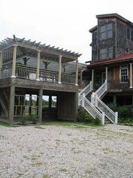 The Burrus House Inn