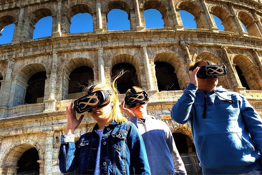 Colosseum-Skip the line-Self Guided with 3D Virtual Reality (Official  Product)