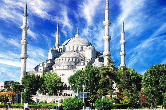 Paleis Naast Aya Sofia.Istanbul Small Group Walking Tour Hagia Sophia Blauwe Moskee Topkapi Paleis En Grote Bazaar