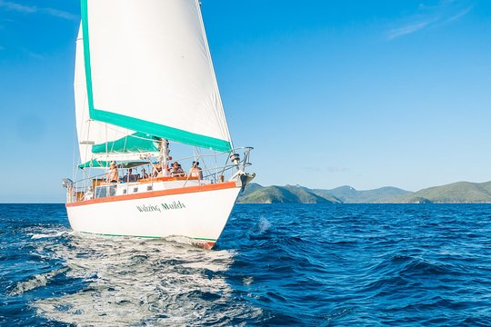 2-Day Whitsundays Sailing Adventure: Waltzing Matilda