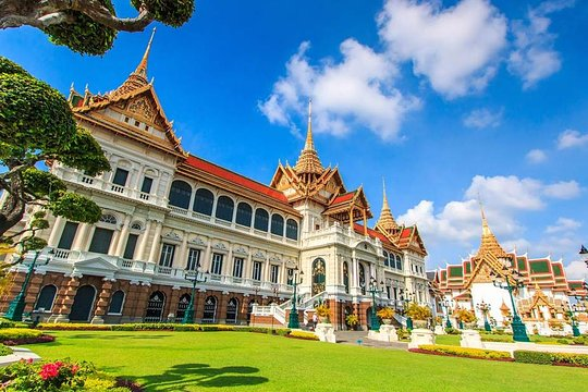Private Guide in and Around Bangkok: Custom Tour