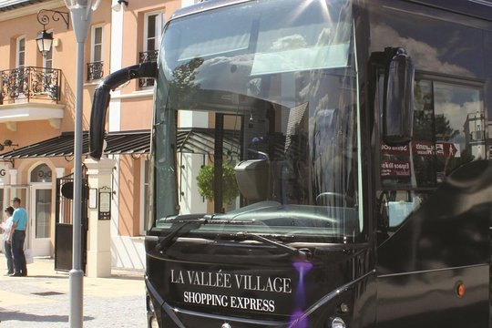 Motor Village La >> La Vallee Village Shopping Day Trip From Paris