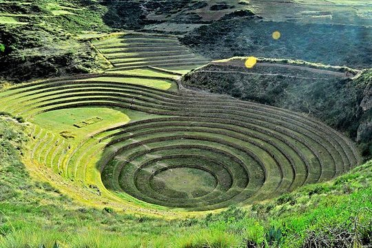 Minas De Sal Naturales Y Terrazas De Moray Desde Ollantaytambo A Cuzco