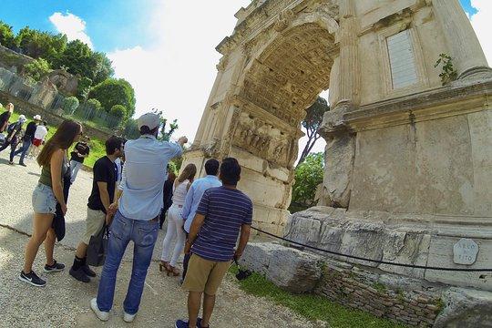 cheap for discount 82bb2 5dea2 Tour dei Colosseo Underground, Arena, Belvedere (Livelli superiori) e Fori  romani