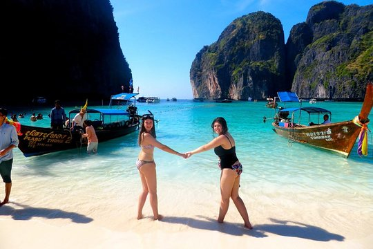Full Day Tour Of Phi Phi Island By Big Boat From Phuket Including Lunch