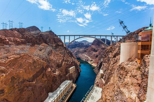 Hoover Dam Tours >> Deluxe Small Group Half Day Hoover Dam Tour From Las Vegas
