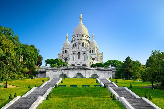 Montmartre District Walking Tour in Paris provided by
