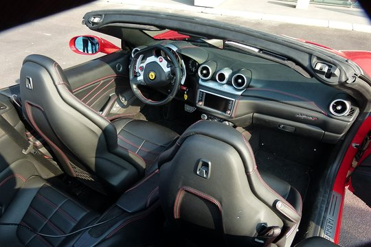 Ferrari California T >> 2 Hour Ferrari California T Sightdrive