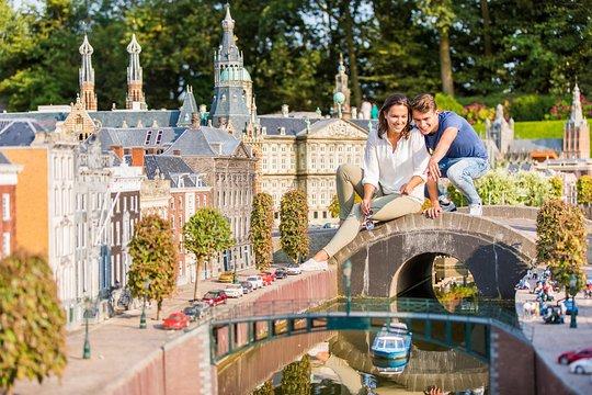 Delft, The Hague & Madurodam Half-Day Tour from Amsterdam