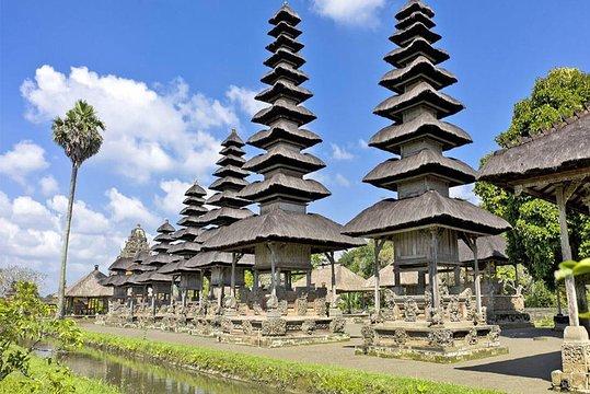 Bali Bedugul Tanah Lot Private Tour