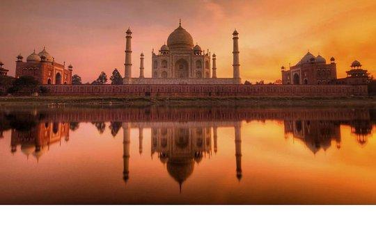 Escorts kaller jenter i Agra, Kvinner søker menn, Dating annonser :: SUZZII.