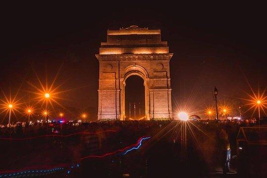 dating spot i Delhi hvor ofte bør du teksten noen din dating