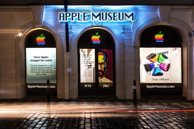 Skip the Line: Apple Museum in Prague Entrance Ticket
