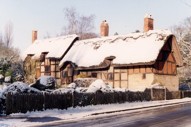 Shakespeare's Birthplace:'Winter 4 House' in Stratford-Upon-Avon