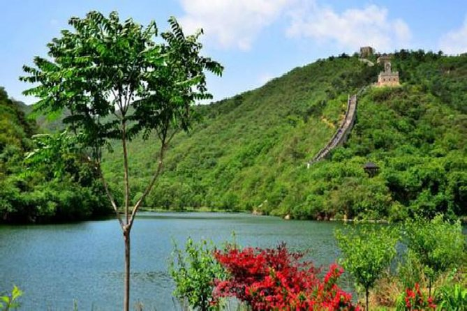 All-Inclusive Private Day Trip to Mutianyu and Huanghuacheng Water Great Wall