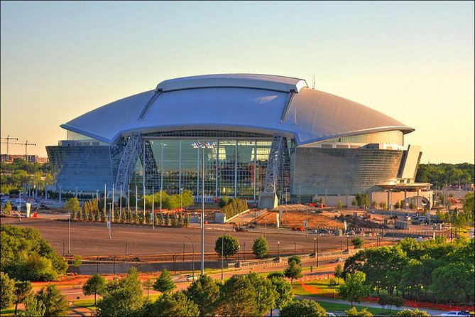 Small-Group Dallas Cowboys Stadium Tour with Transportation from Downtown Dallas