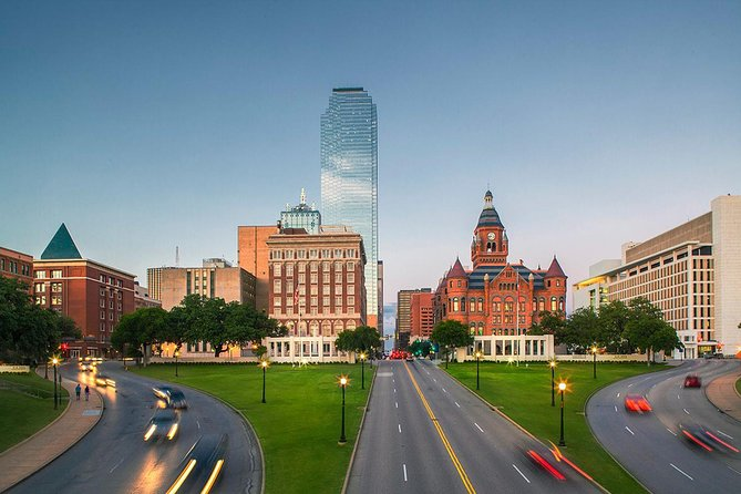 Dallas and JFK Full-Day Tour with Sixth Floor Museum and Oswald Rooming House