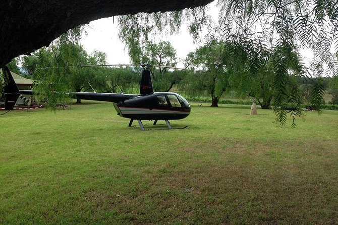 Hunter Valley Romantic Bubbly Breakfast Helicopter Tour from Cessnock