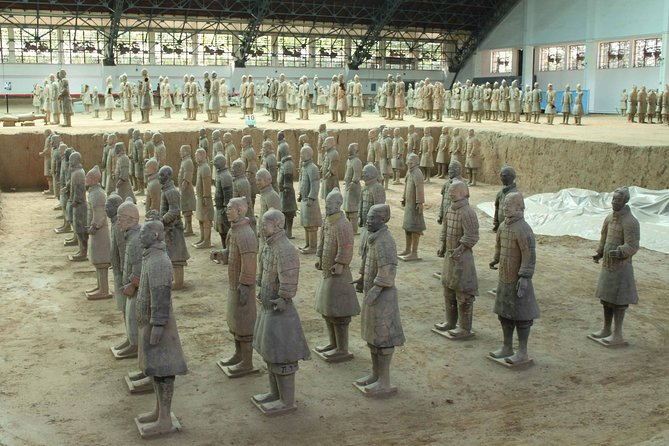Private 2-Day Xian Delight Tour of Terracotta Army and City Sightseeing