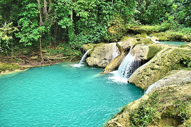 Private Blue Hole & Secret Falls Tour