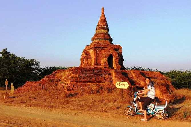 Guided E Bike Tour in Bagan