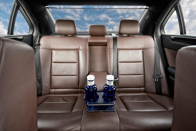 Private Transfer from Washington DC to Ronald Reagan Airport DCA by Business Car