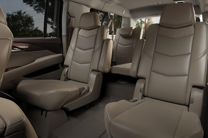 Private Transfer from San Diego to San Diego Airport SAN in Executive SUV