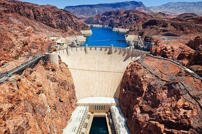 Round trip private transfer: Las Vegas to Hoover Dam by SUV Cadillac Escalade
