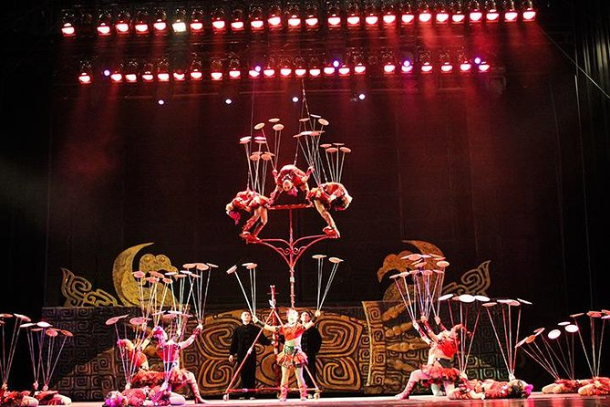 Beijing Chaoyang Acrobat Show VIP Seat And Quanjude Peking Duck Dinner