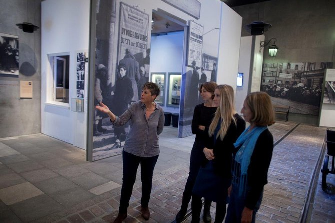Private 2-Hour Tour of the Holocaust History Museum