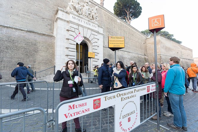 Skip the Line Vatican Tour Vatican Museums Sistine Chapel and St. Peter Basilica