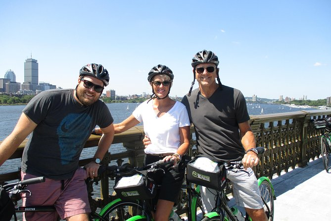 Tour de Cambridge Guided Bicycle Tour