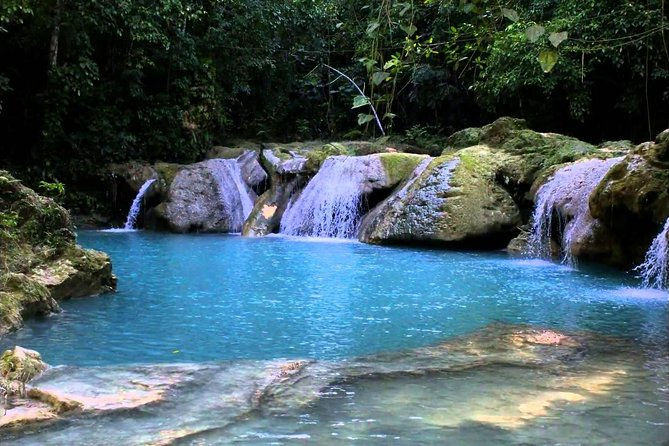 Blue Hole and Secret Falls Private Tour From Grand Palladium and Lady Hamilton