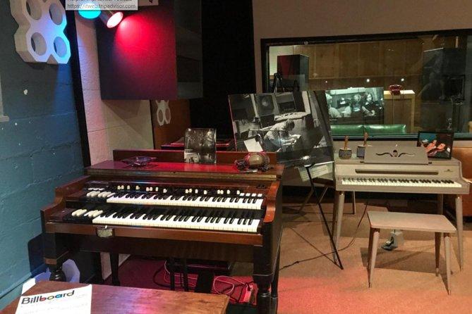 Muscle Shoals Sound Studio Tour in Sheffield Alabama