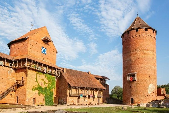 Half-Day Private Trip to Sigulda and Turaida from Riga
