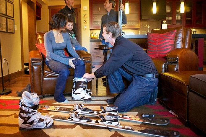 Breckenridge Sport Snowboard Rental Package Including Delivery