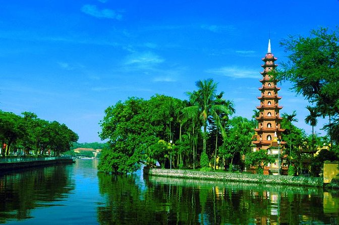 Full-day Private Hanoi Sightseeing And Rickshaw Tour