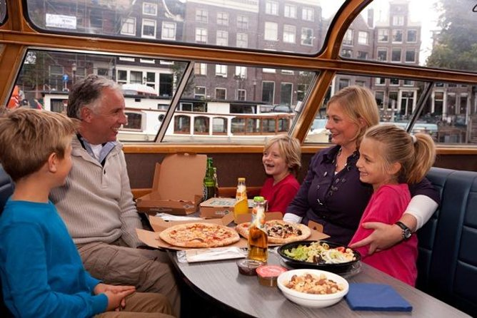 Amsterdam Pizza Cruise - 1,5 hr incl pizza and 2 drinks