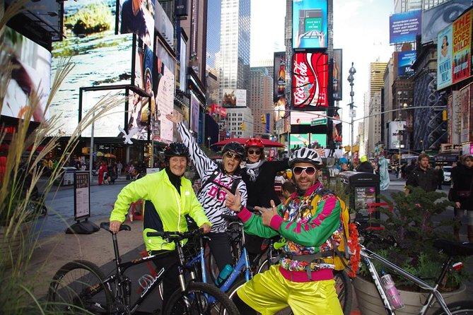 Private NYC Walking or Biking tour in German