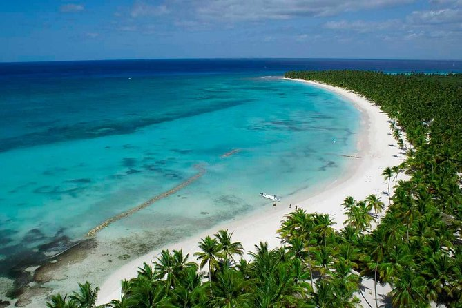 VIP Catamaran Day Trip to Saona Island