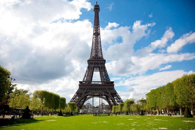 Eiffel Tower Tour with Direct Elevator Access to Summit